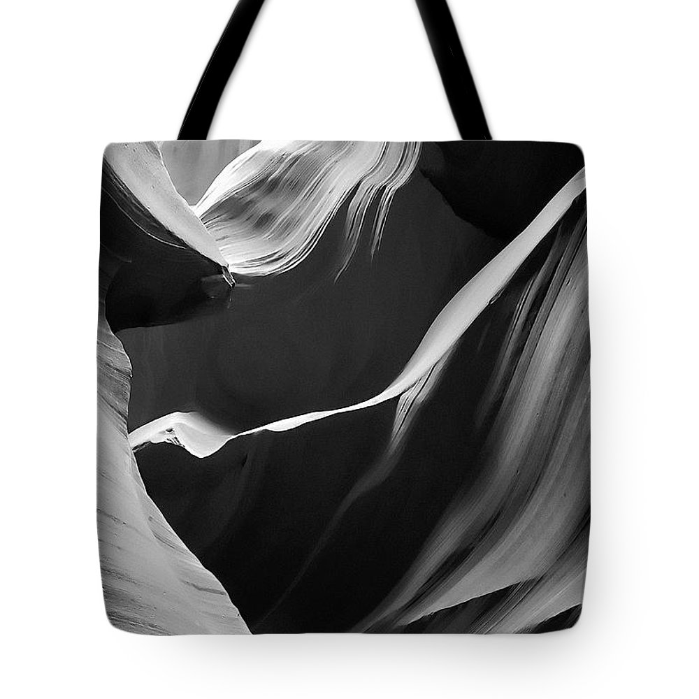 Antelope Tote Bag featuring the photograph Antelope Canyon 016 by Ingrid Smith-Johnsen
