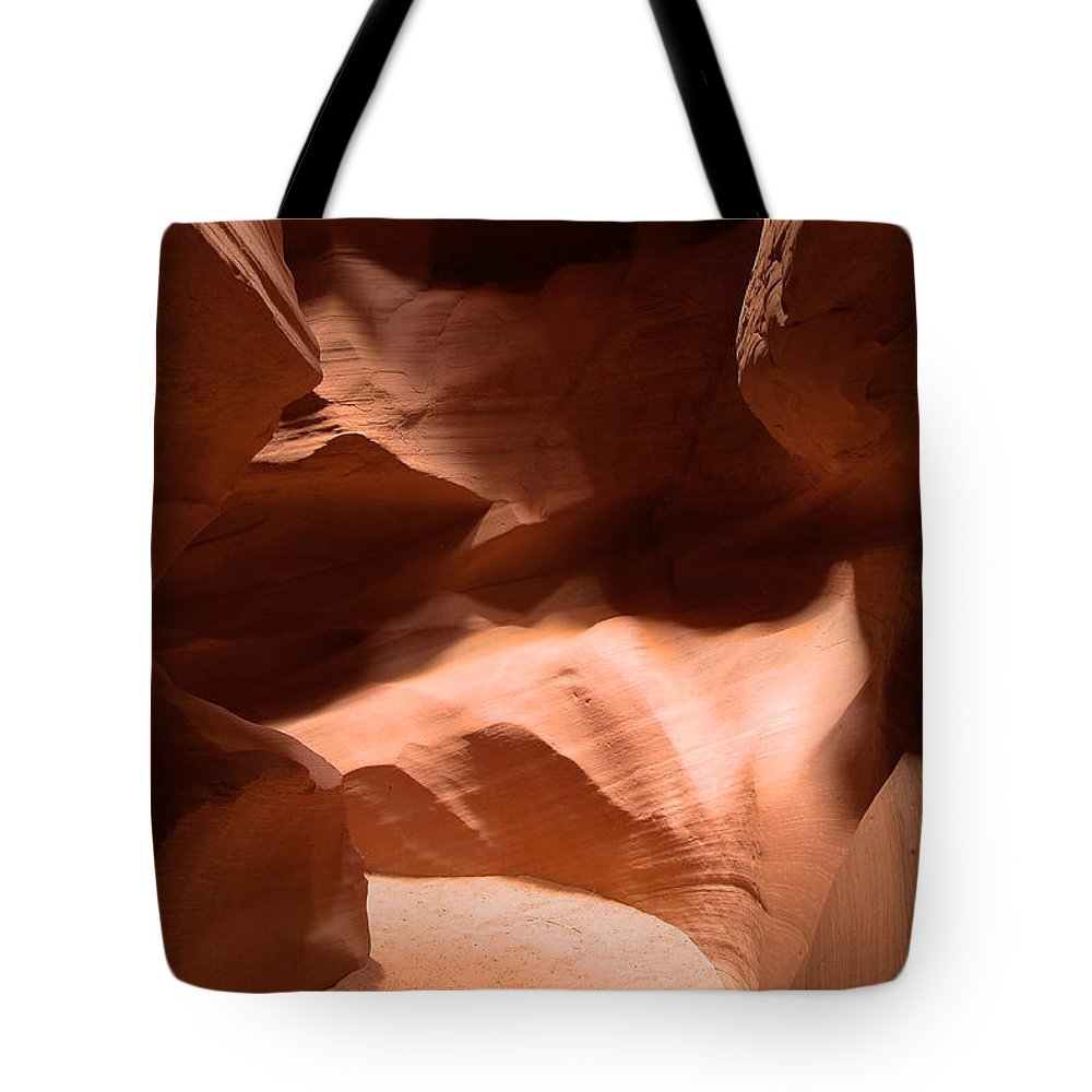 Antelope Canyon Tote Bag featuring the photograph Antelope Canyon 10 by Richard J Cassato