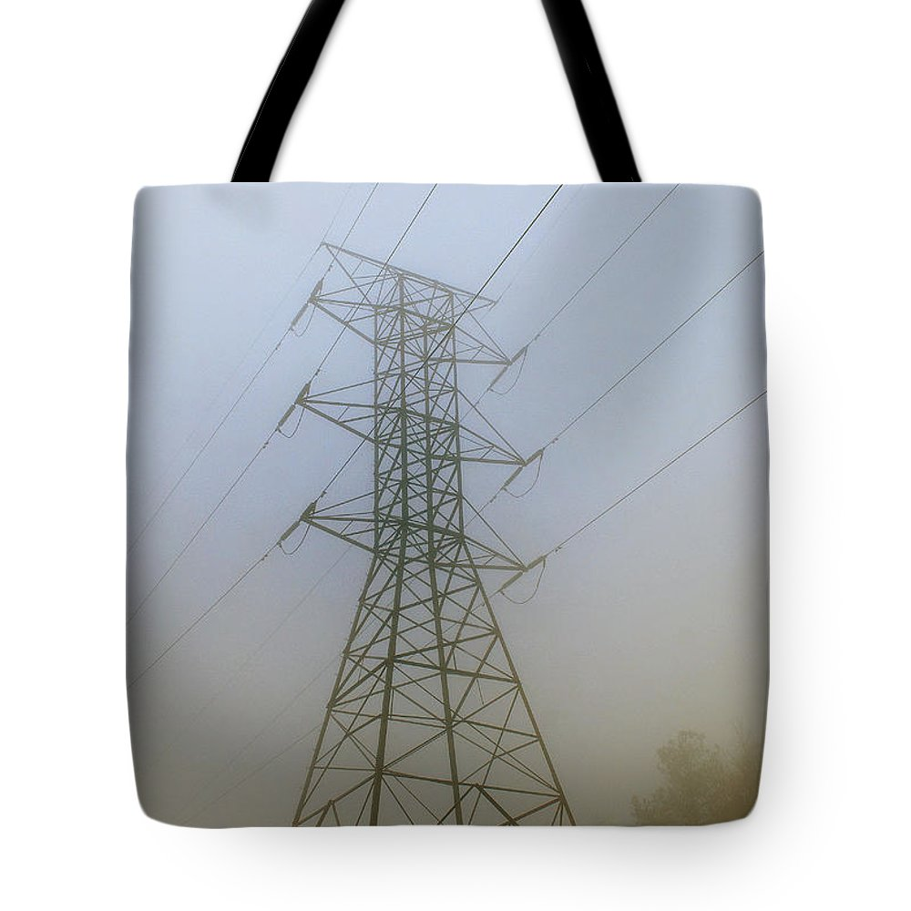 Scenic Tours Tote Bag featuring the photograph Aorta by Skip Willits