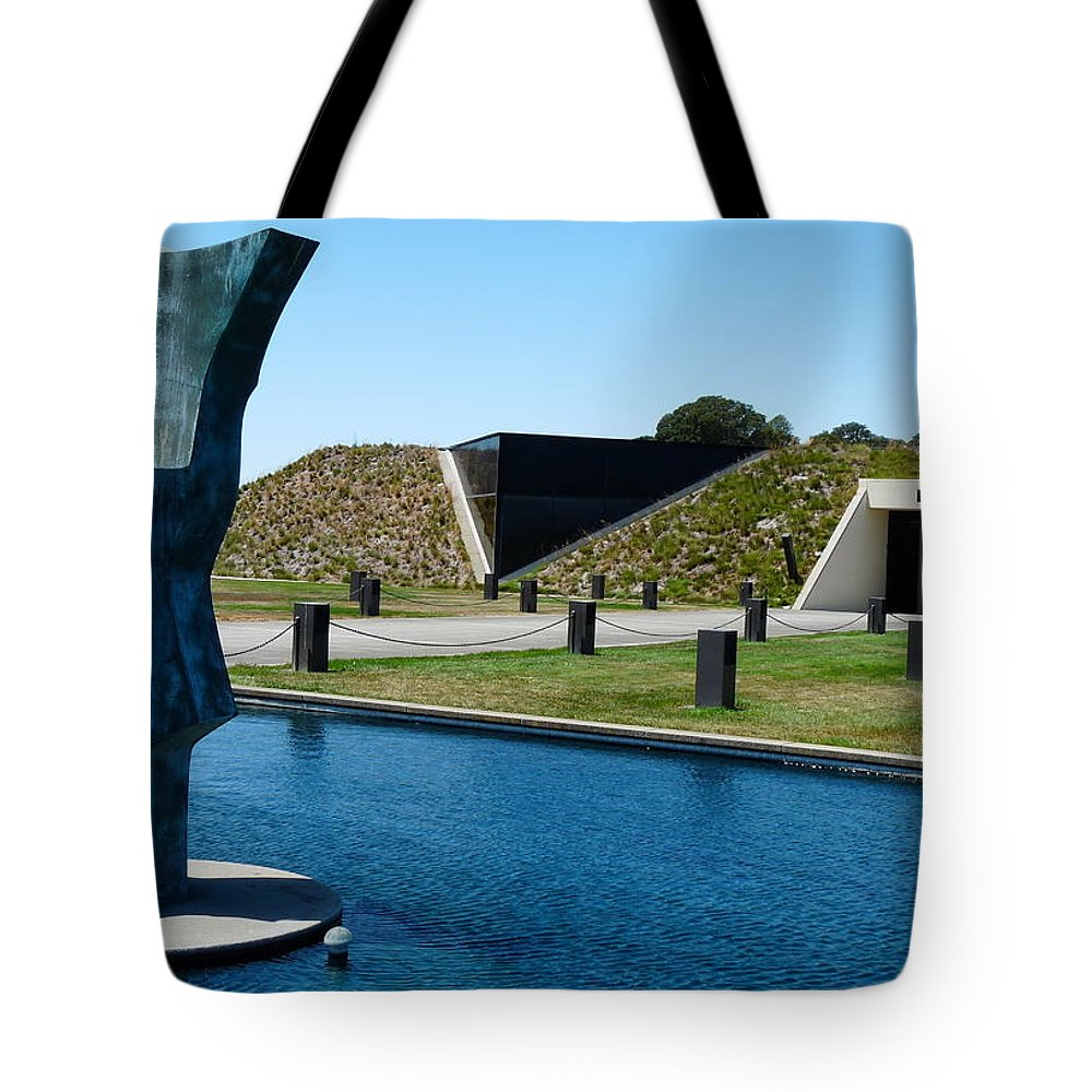 Artesa Winery Sculpture Tote Bag featuring the photograph Artesa Winery by Jeff Lowe