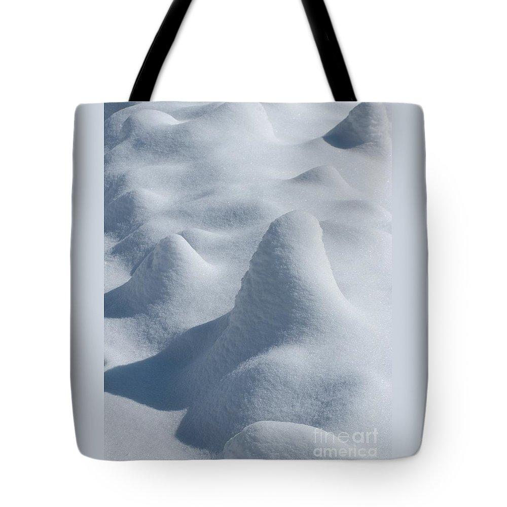 Snow Tote Bag featuring the photograph Artful Snowfall by Ann Horn