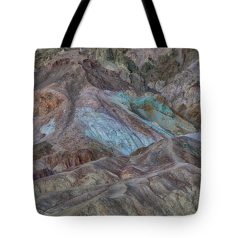 Artist's Pallet Tote Bag featuring the photograph Artists Pallet Death Valley Ca Img 0448 by Greg Kluempers