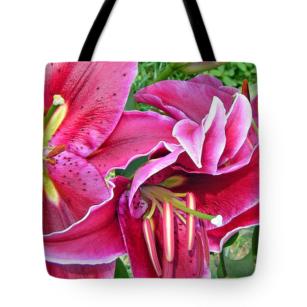 Duane Mccullough Tote Bag featuring the photograph Asian Lily Flowers by Duane McCullough