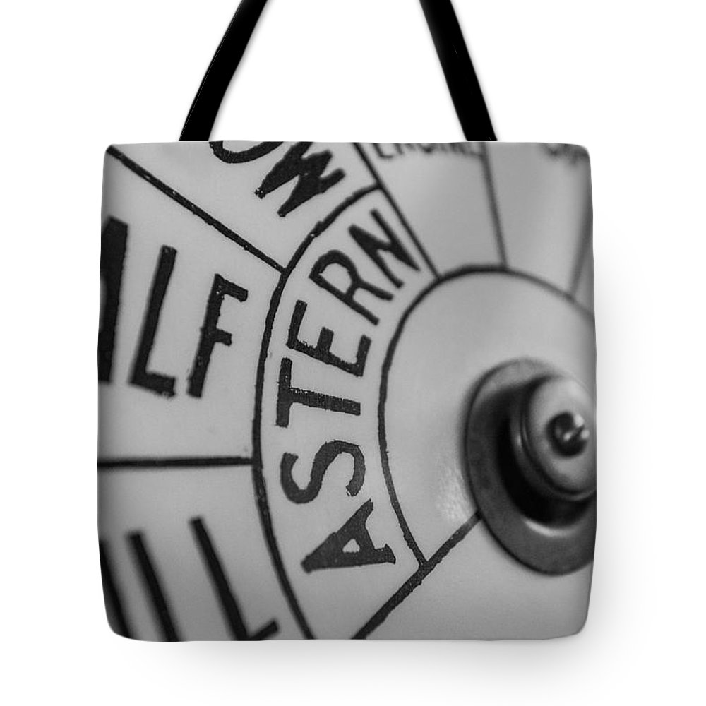 New Jersey Tote Bag featuring the photograph Astern by Kristopher Schoenleber