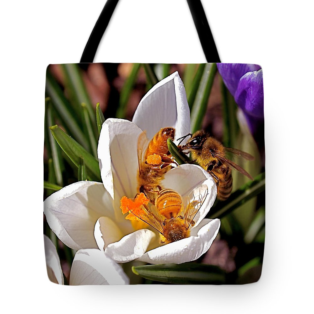 Bee Tote Bag featuring the photograph At Work by Rona Black