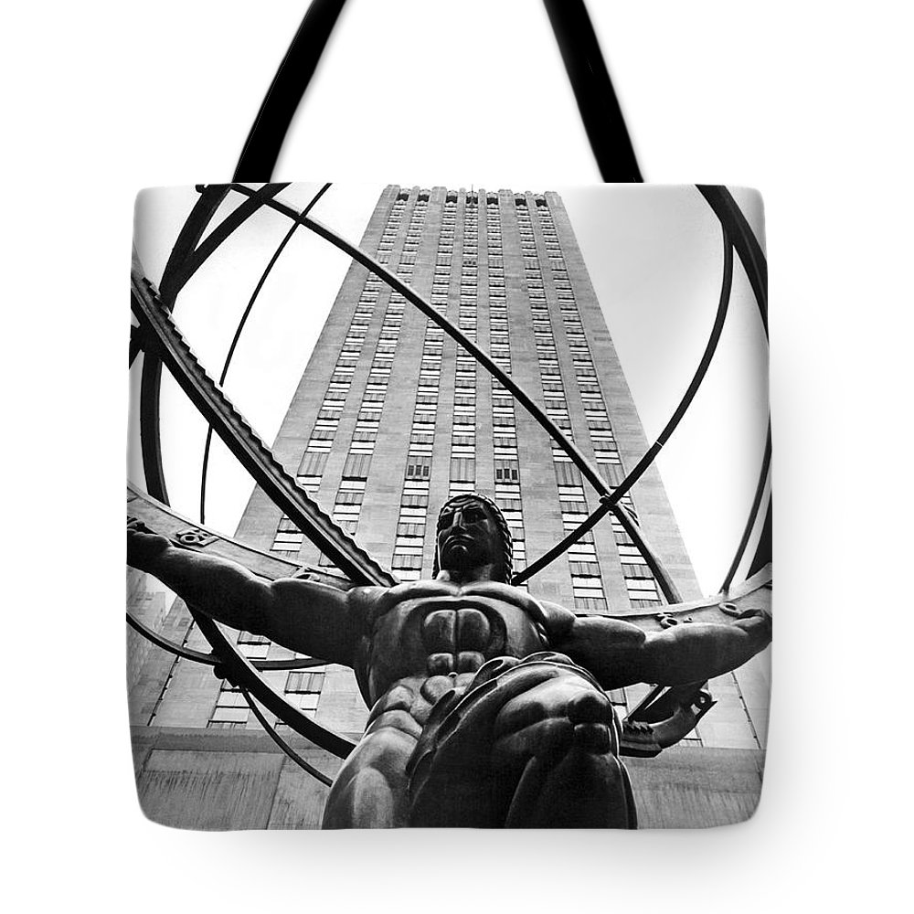 1930's Tote Bag featuring the photograph Atlas In Rockefeller Center by Underwood Archives
