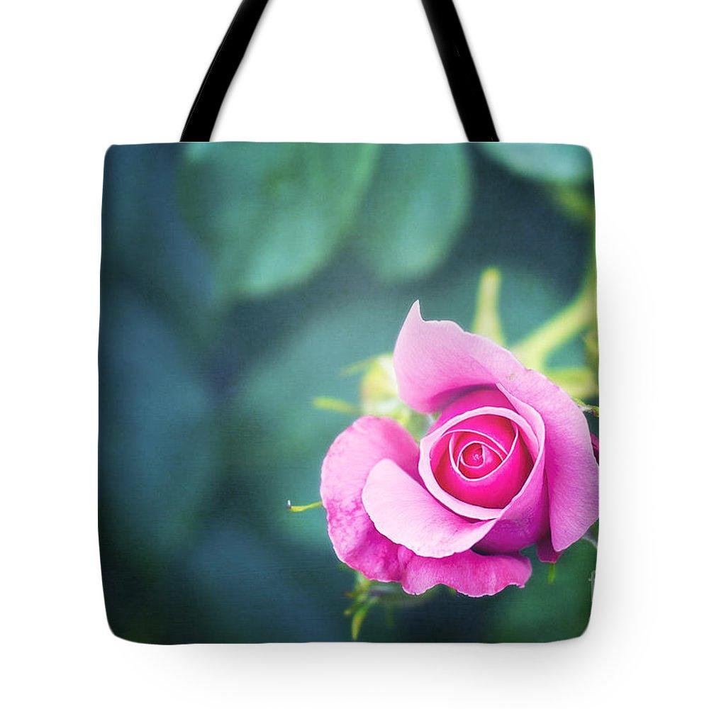 Raspberry Tote Bags