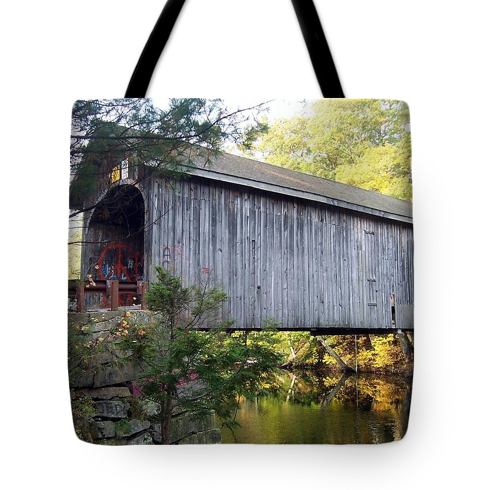 Covered Bridges Tote Bag featuring the photograph Babbs Covered Bridge In Maine by Catherine Gagne