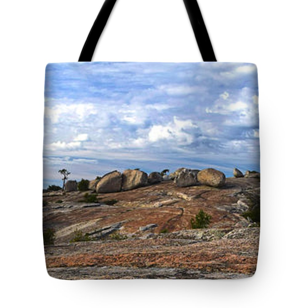 Bald Rock Dome Tote Bag featuring the photograph Bald Rock Panorama by Frank Wilson