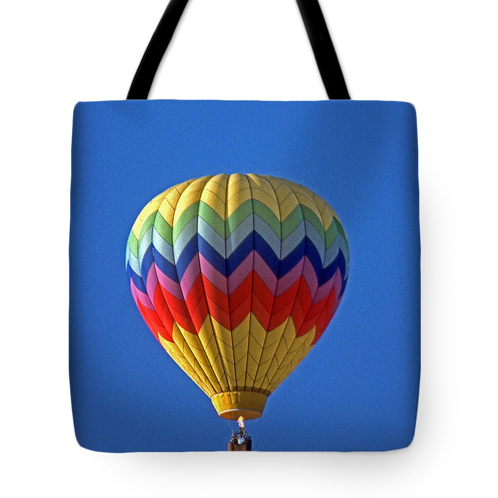 Scenic Tours Tote Bag featuring the photograph Balloon Ride by Skip Willits