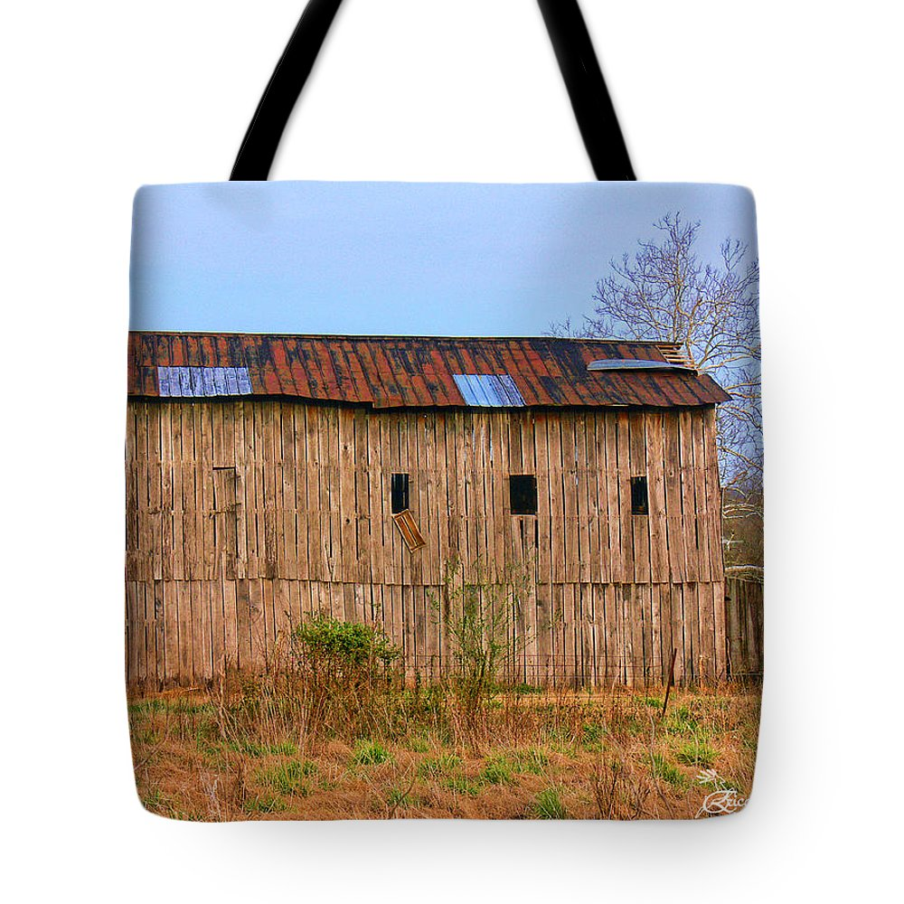Barn Tote Bag featuring the photograph Barn 25 by Ericamaxine Price