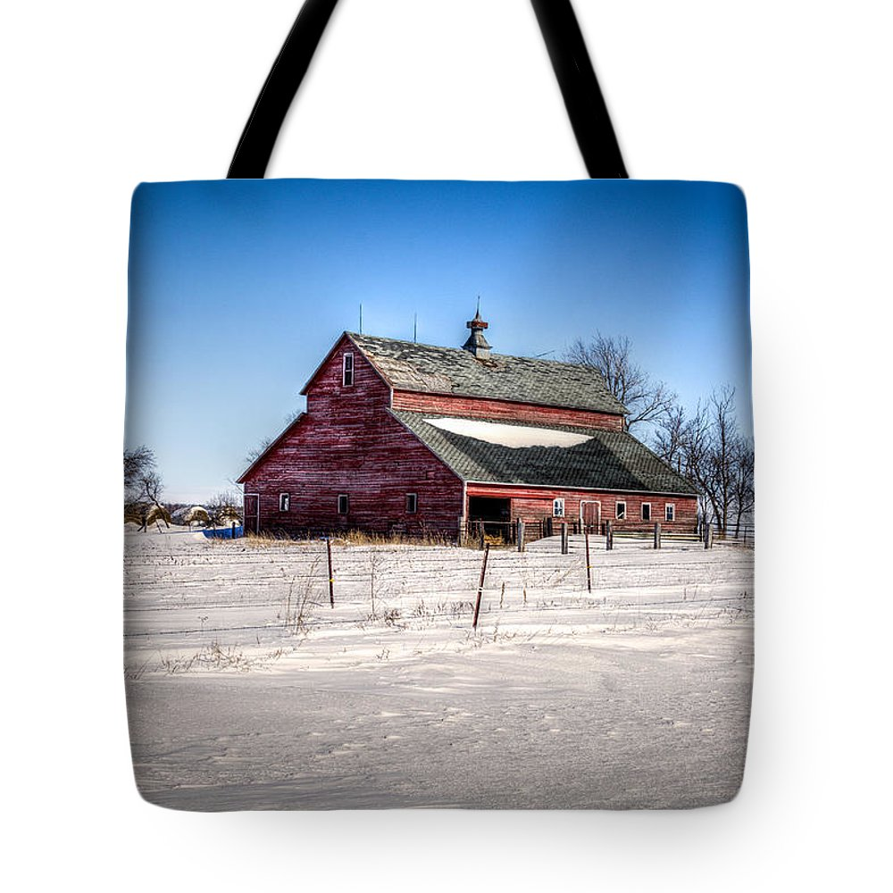 South Dakota Tote Bag featuring the photograph Barn With Melting Snow by M Dale