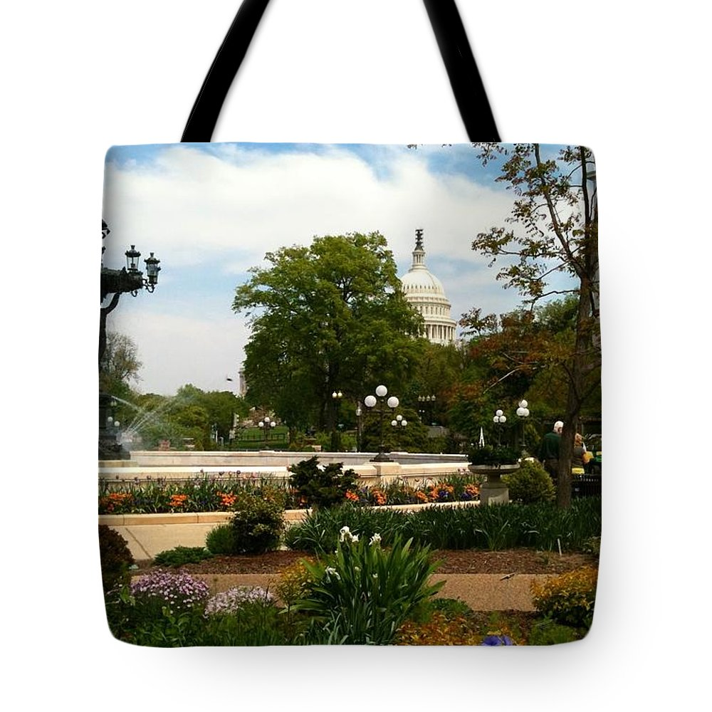 Bartholdi Fountain Tote Bag featuring the photograph Bartholdi Fountain by Lois Ivancin Tavaf