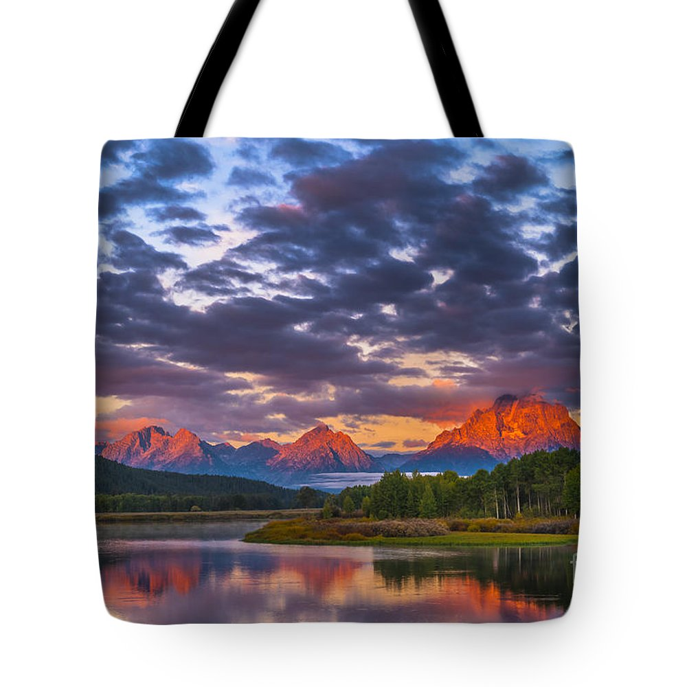 Wyoming Tote Bag featuring the photograph Sunrise In The Mountains by Krzysztof Wiktor