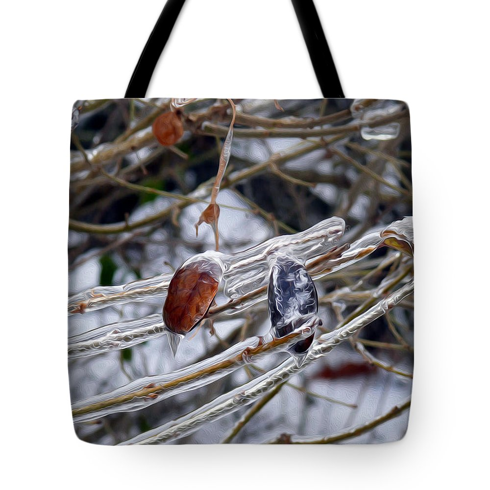 Red Leaf Tote Bag featuring the photograph Beauty In Ice by Tracy Winter
