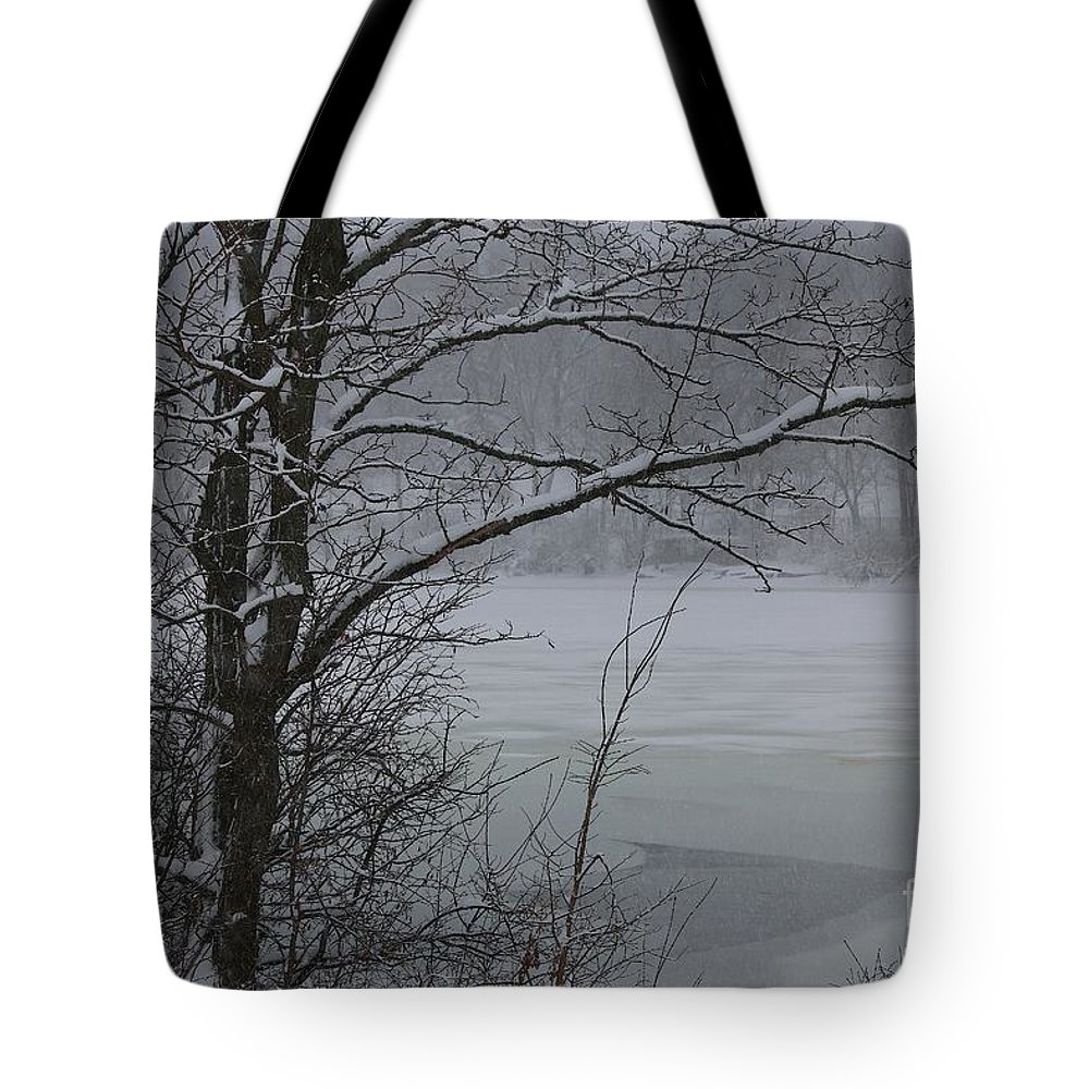 Snow Tote Bag featuring the photograph Beauty Of Winter by Veronica Batterson