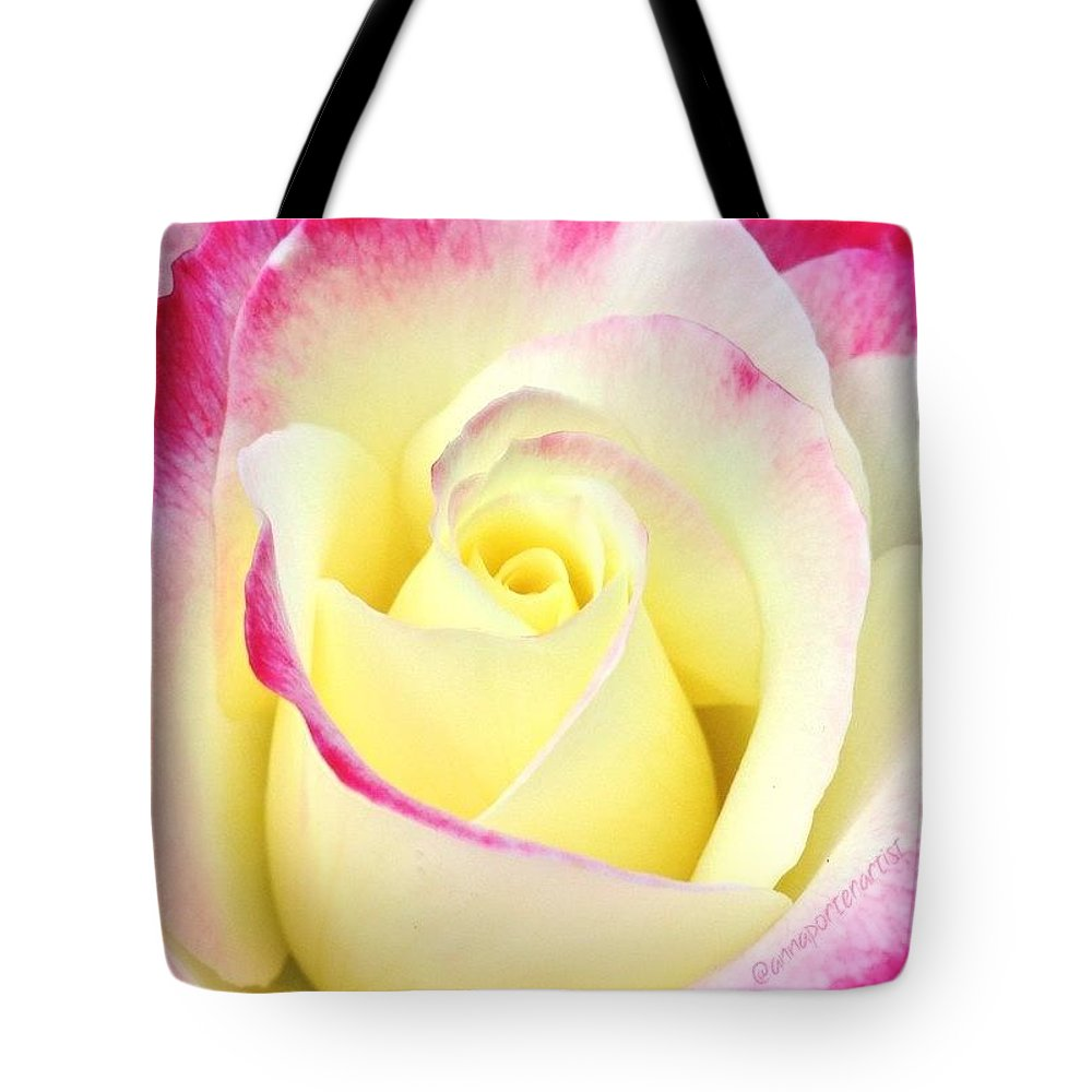 Beauty Unfurled Tote Bag featuring the photograph Beauty Unfurled by Anna Porter