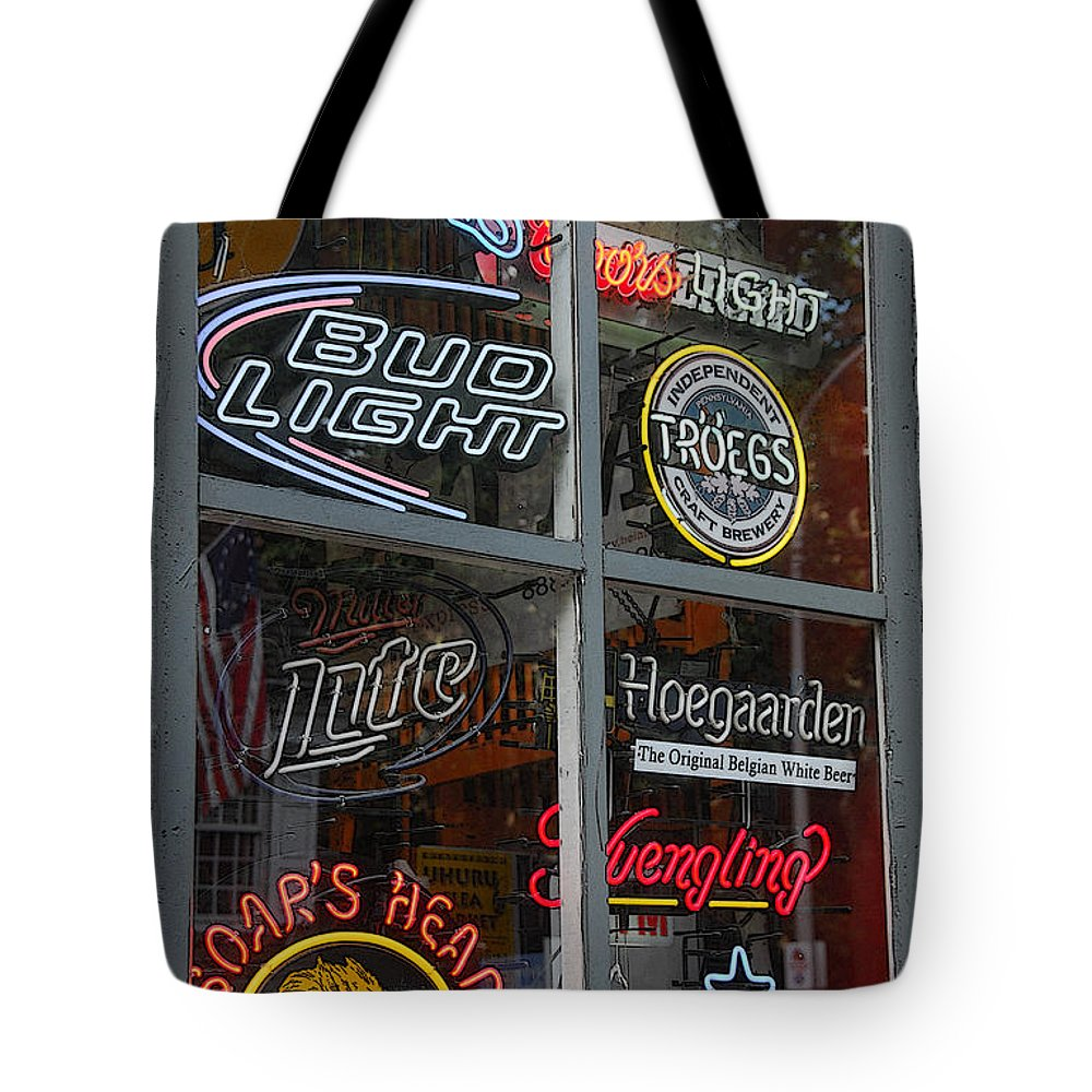 Philadelphia Tote Bag featuring the photograph Beer And Boar's Head by Cindy Manero