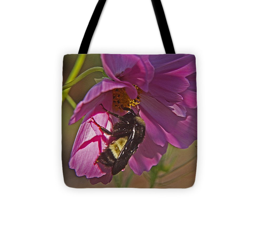 A Beautiful Array Of Golds Tote Bag featuring the photograph Beestill by Virginia Bond