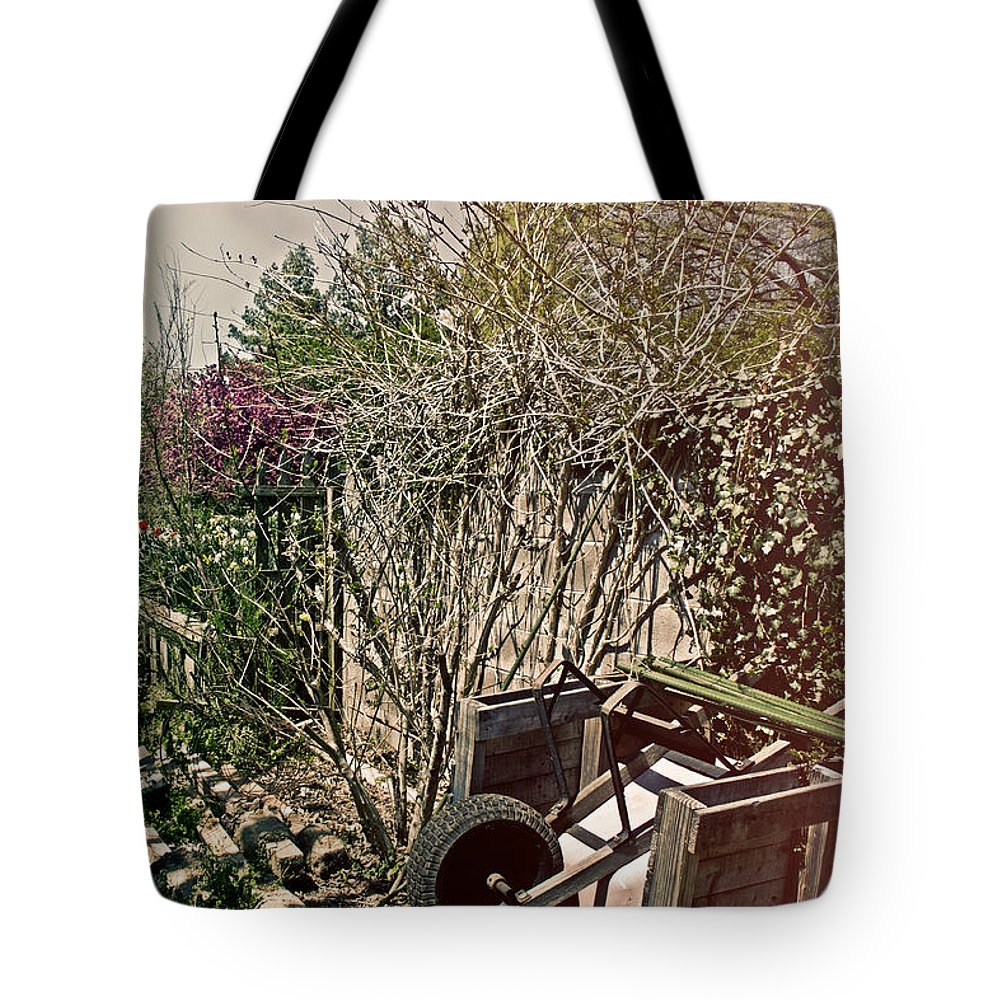 Planter Tote Bag featuring the photograph Behind The Garden by Tom Gari Gallery-Three-Photography