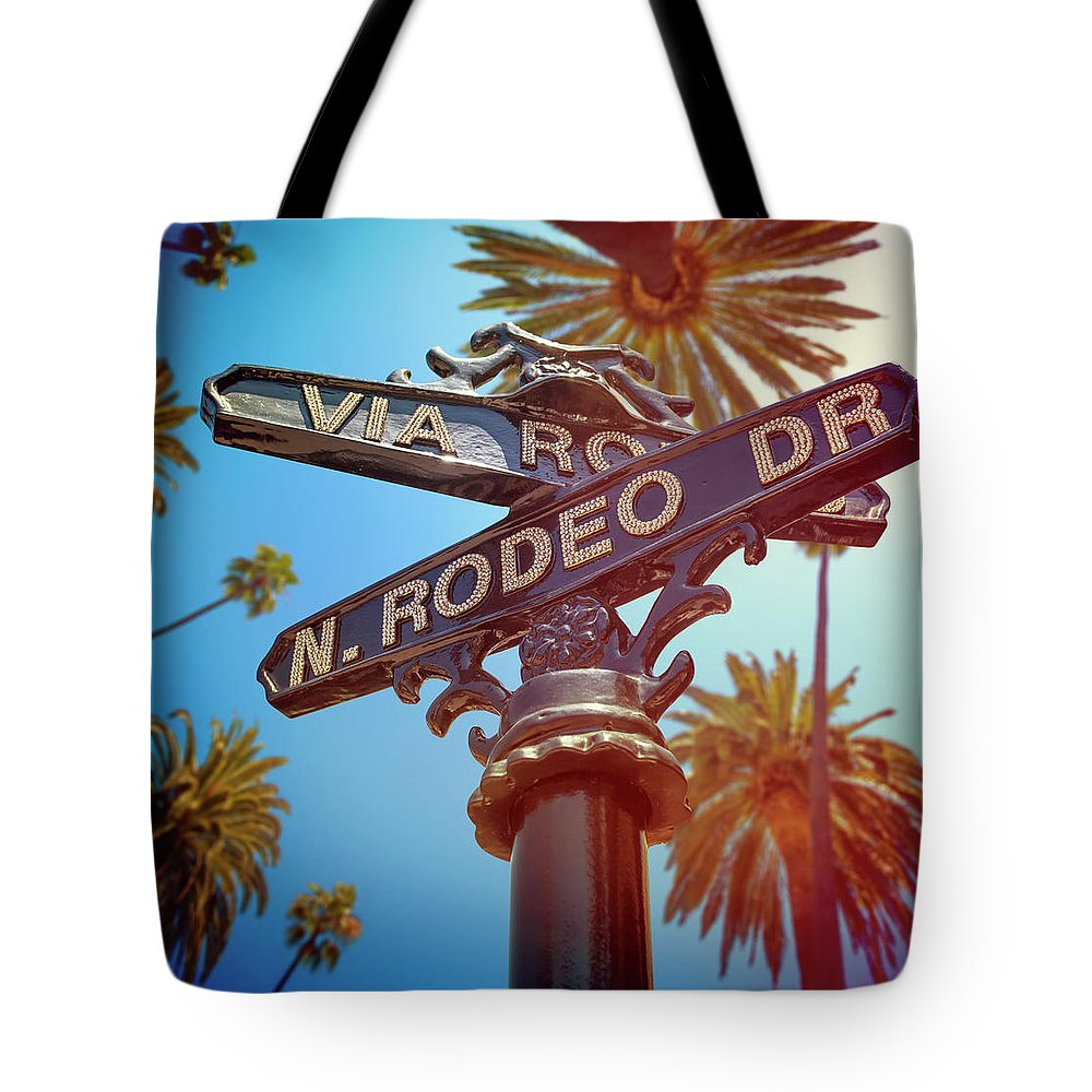 Beverly Hills Tote Bag featuring the photograph Beverly Hills California by Lpettet