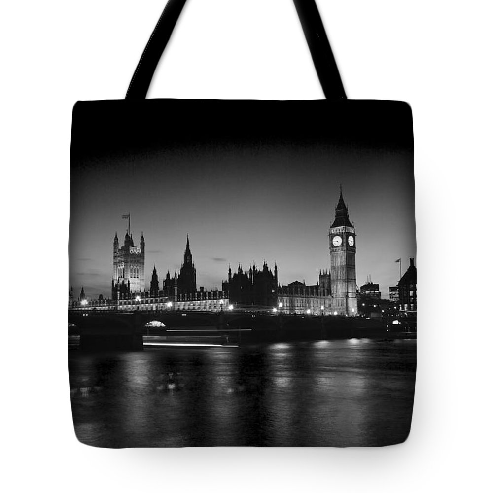 Westminster Bridge Thames Tote Bag featuring the photograph Big Ben And The Houses Of Parliament Bw by David French