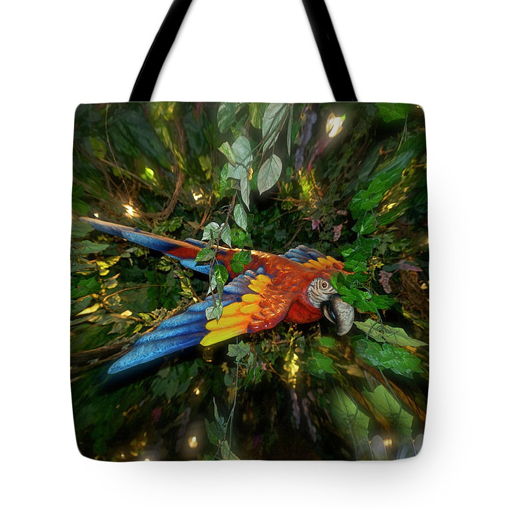 Scarlet Mccaw Tote Bag featuring the photograph Big Glider Macaw Digital Art by Thomas Woolworth