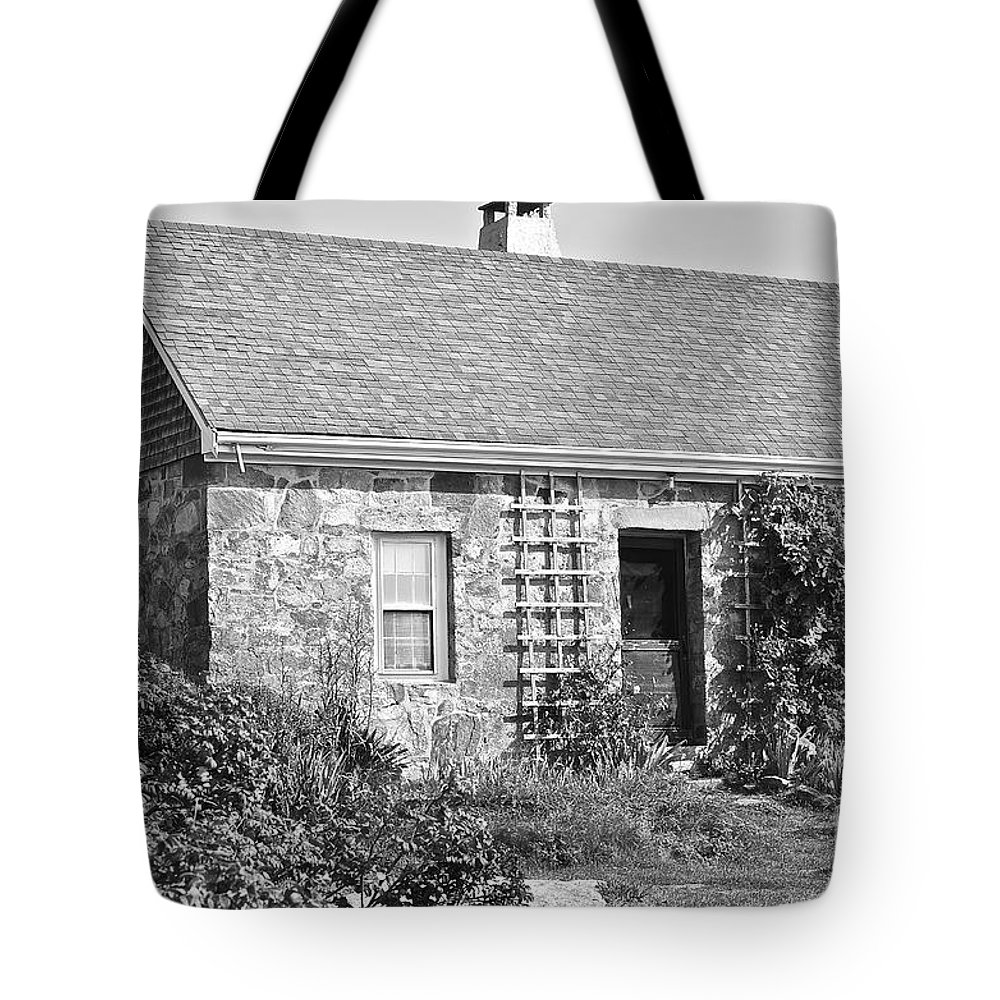 Black And White Tote Bag featuring the photograph Black And White Cottage by Christian Hanson