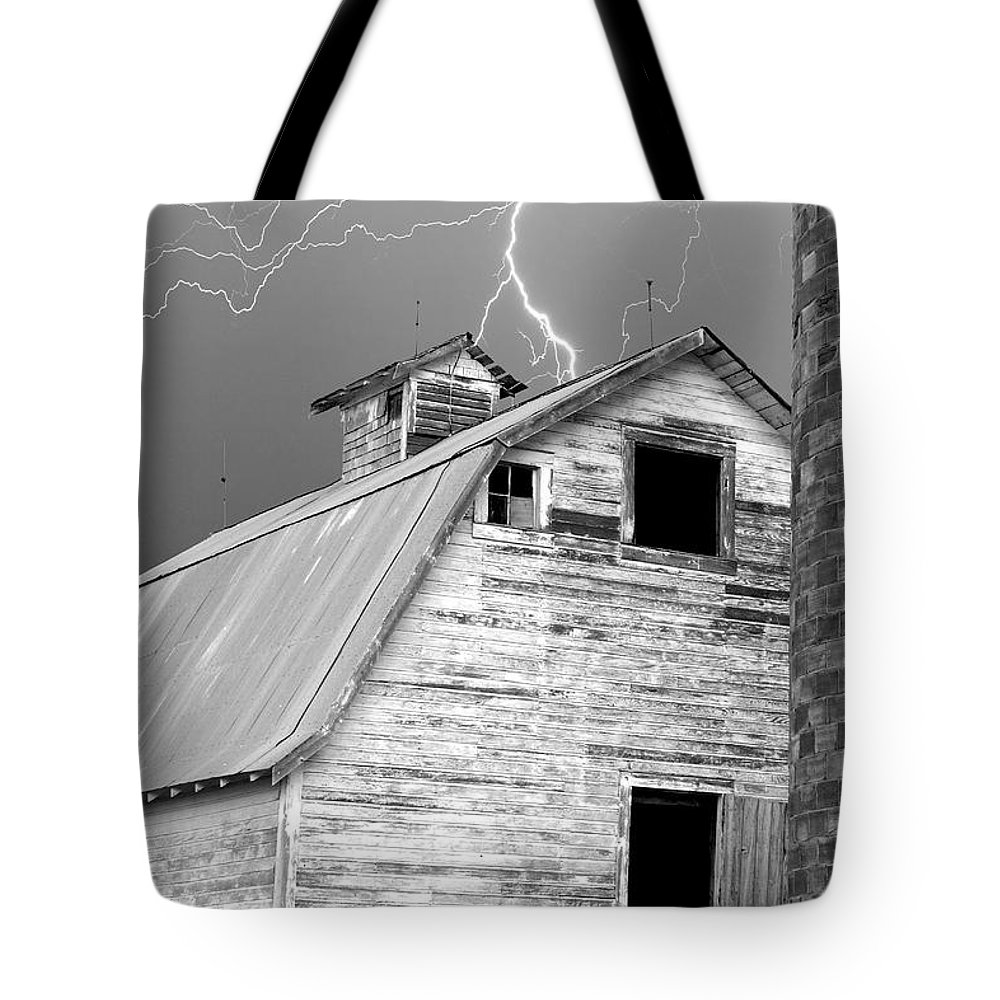 Lightning Tote Bag featuring the photograph Black And White Old Barn Lightning Strikes by James BO Insogna