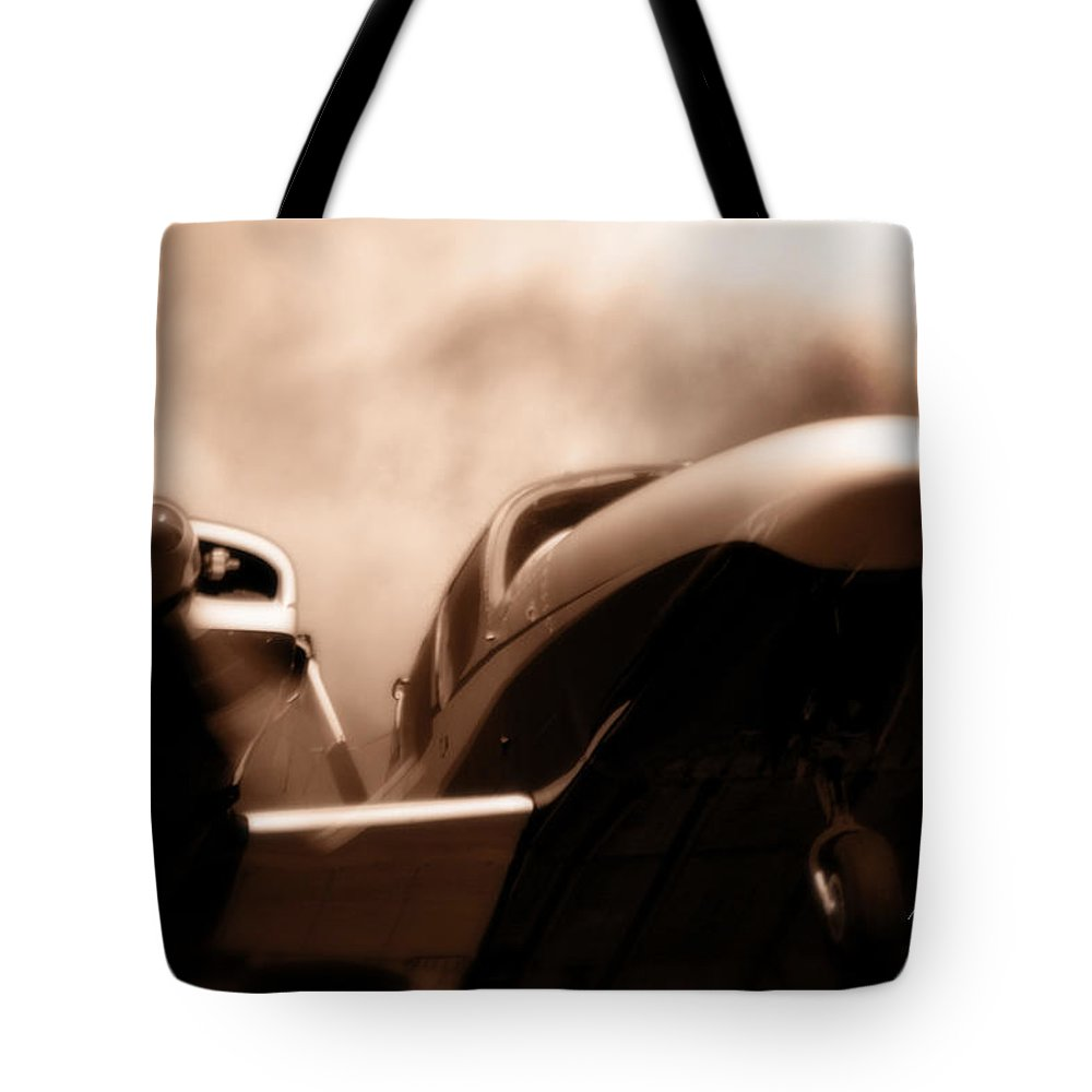 Aircraft Tote Bag featuring the photograph Blade Landing by Paul Job