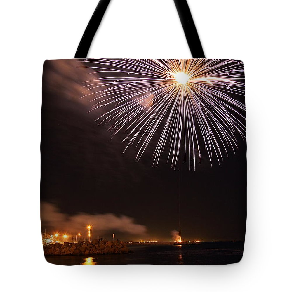 Fireworks Tote Bag featuring the photograph Blessing Of The Fleet - Fremantle 2am-112472 by Andrew McInnes