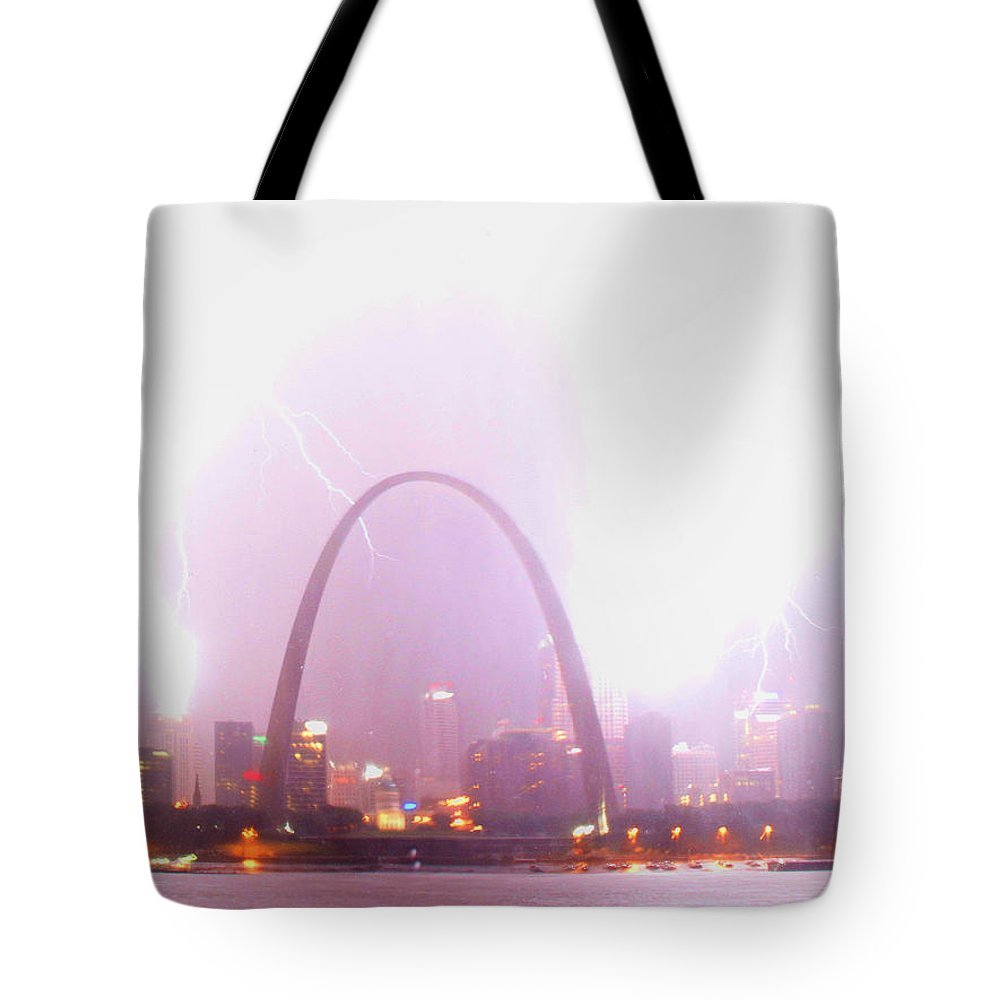 Lightning Tote Bag featuring the photograph Blowout Over St Louis by Garry McMichael