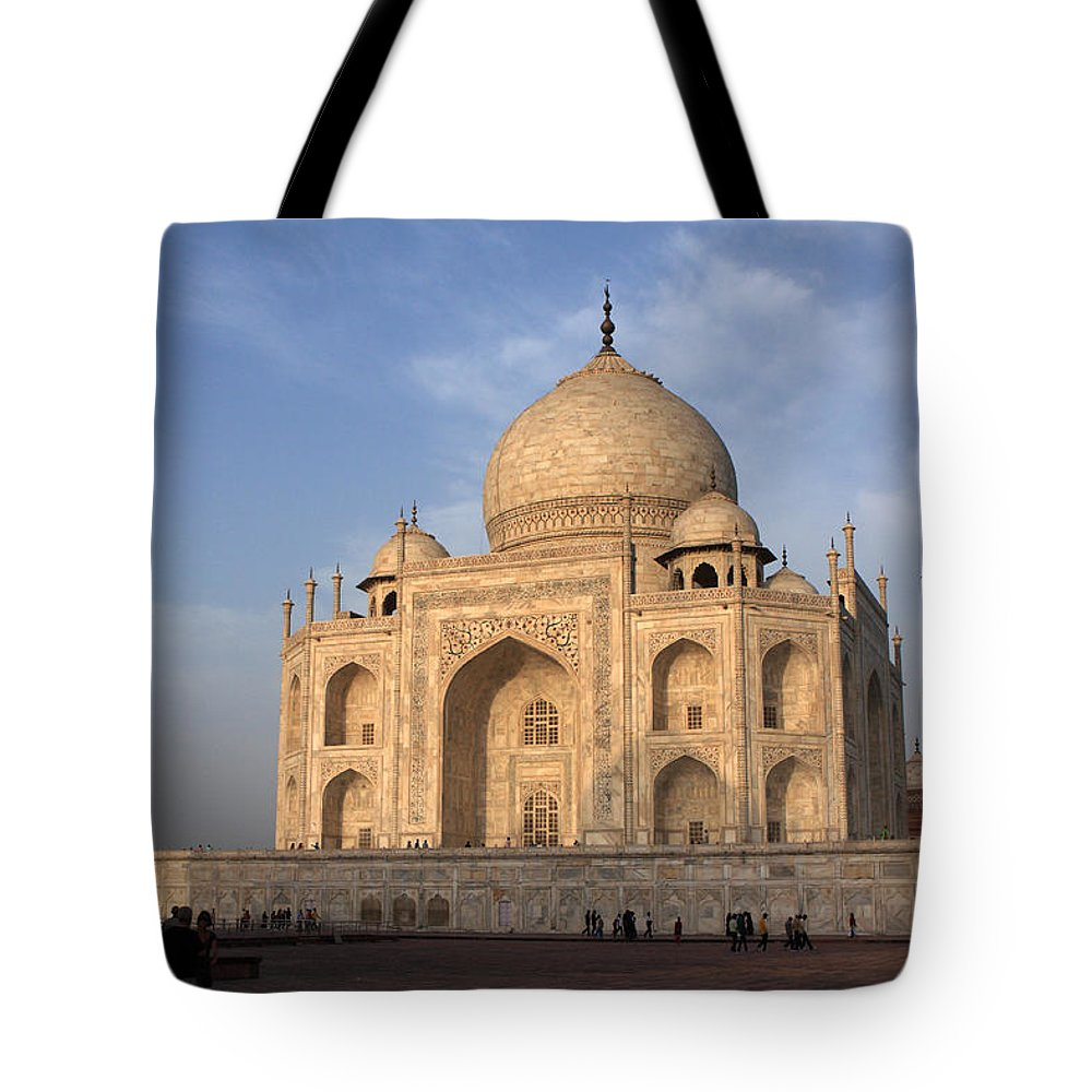 Taj Mahal Tote Bag featuring the photograph Taj Mahal In Evening Light by Aidan Moran