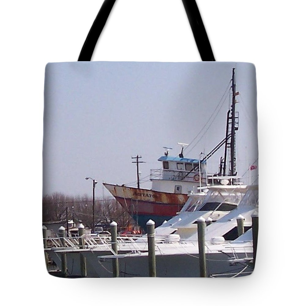 Boat Tote Bag featuring the photograph Boats Docked by Pharris Art
