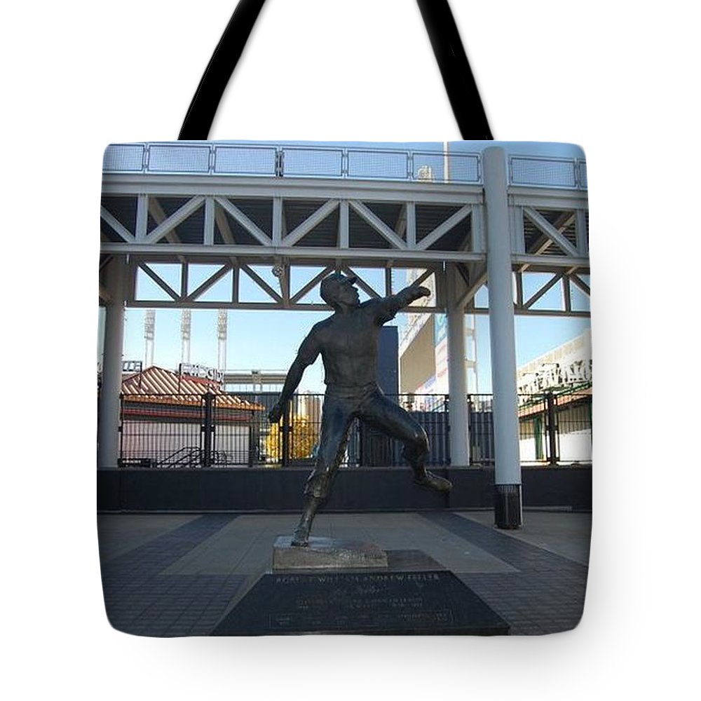 Statue Tote Bag featuring the photograph Bob Feller Bronze Statue by R A W M