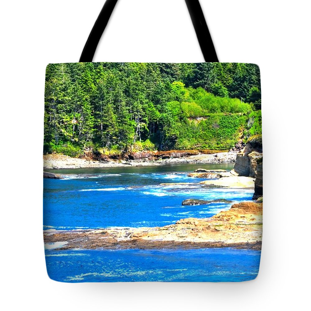 Coast Tote Bag featuring the photograph Boiler Bay 17160 by Jerry Sodorff