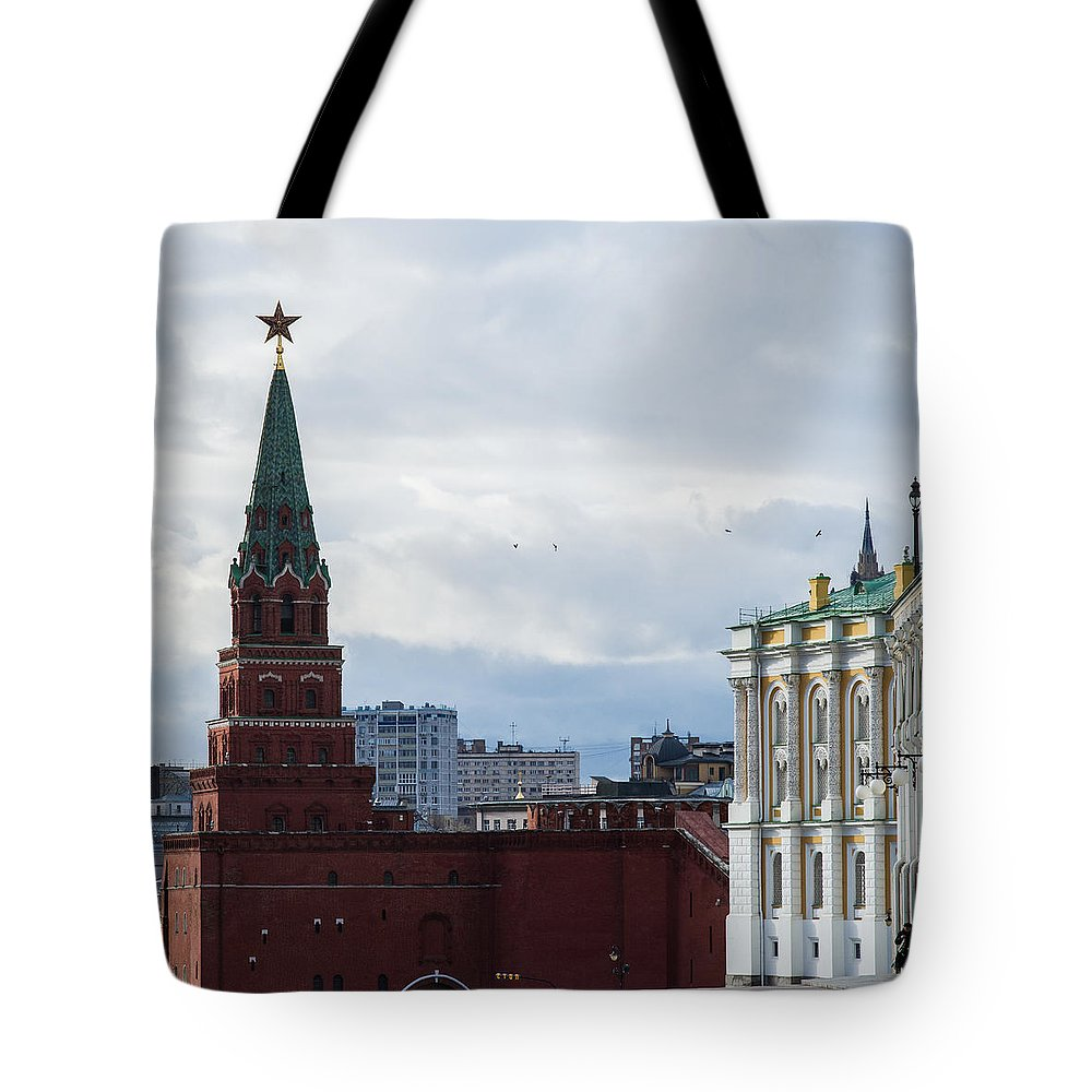 Architecture Tote Bag featuring the photograph Borovitskaya Tower Of Moscow Kremlin - Square by Alexander Senin
