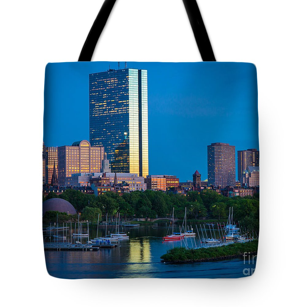 America Tote Bag featuring the photograph Boston By Night by Inge Johnsson