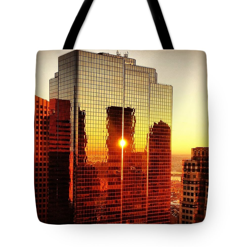 Instgram Tote Bag featuring the photograph Boston Sunrise by Mark Valentine