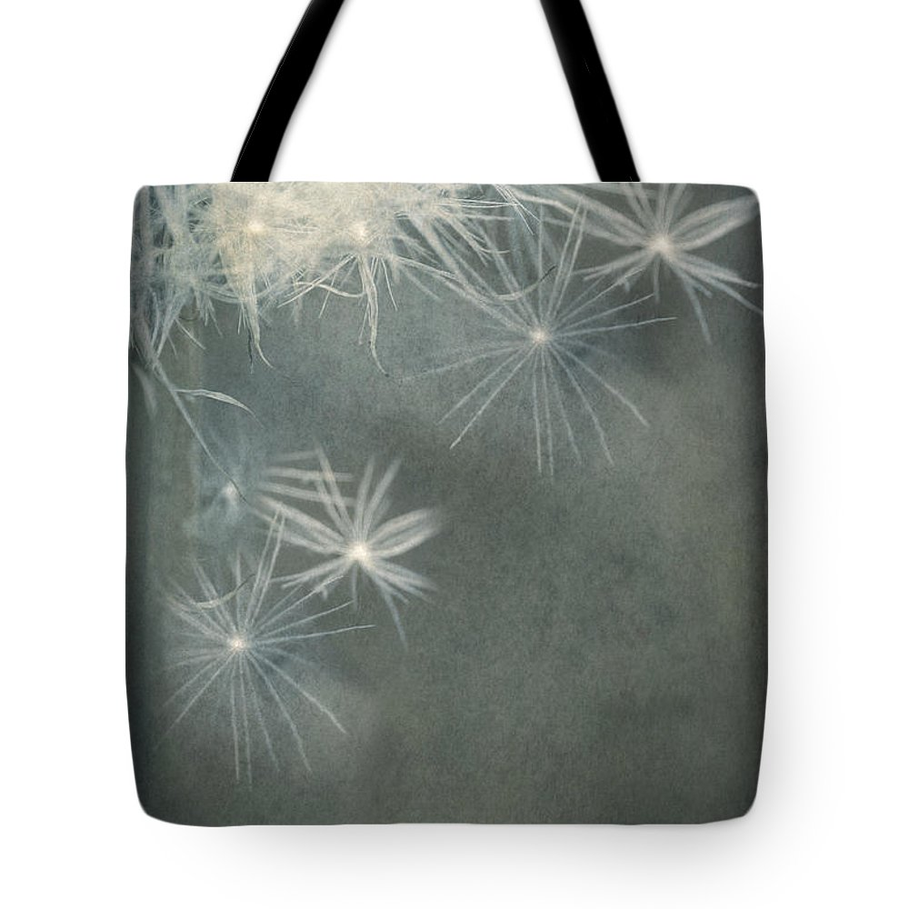 Dandelion Tote Bag featuring the photograph Breaking Free ... by Chris Armytage
