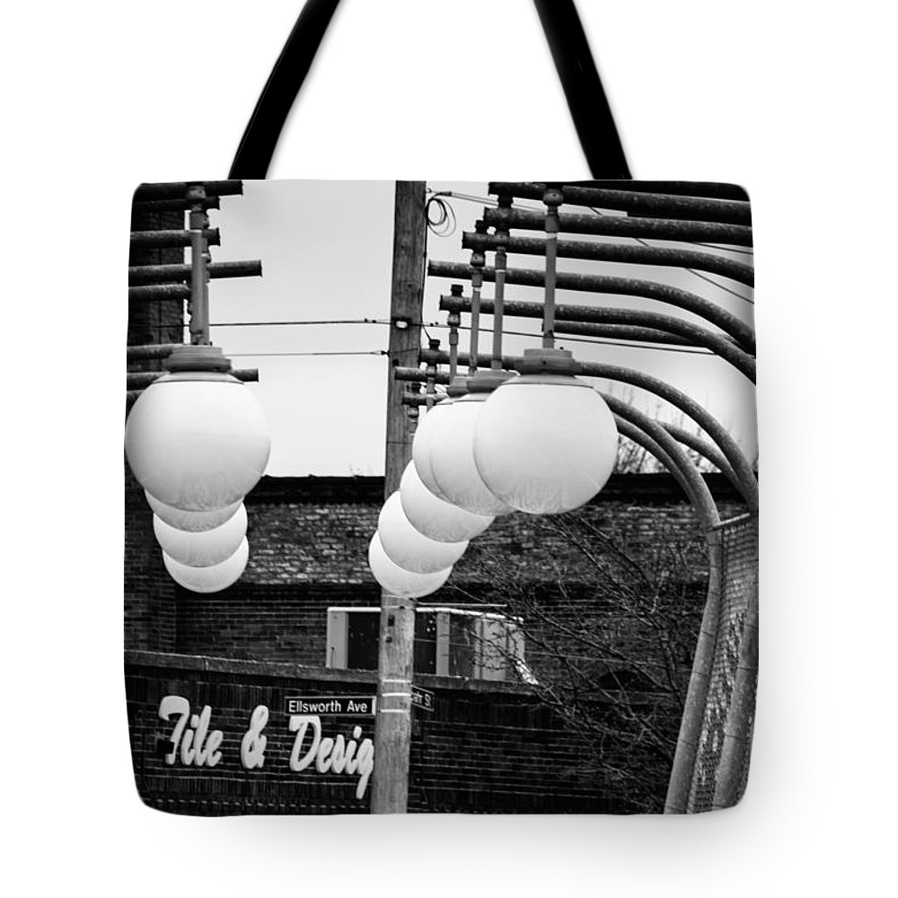 Black And White Tote Bag featuring the photograph Bridge Globes by Jay Ressler