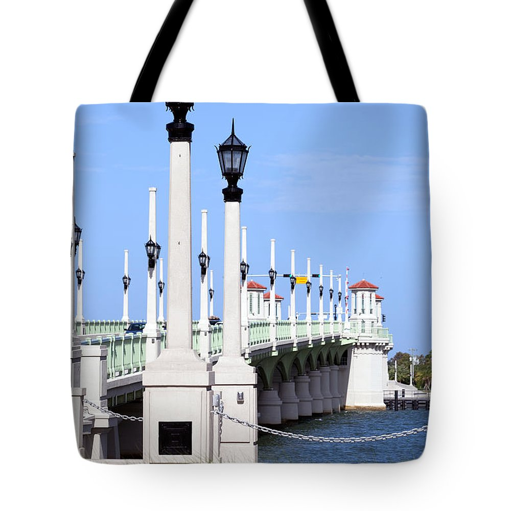 Florida Tote Bag featuring the photograph Bridge Of Lions St Augustine Florida by Bill Cobb