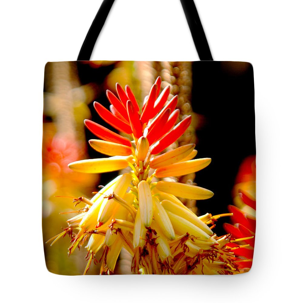 Las Palmas Tote Bag featuring the photograph Bright Flower by Tracy Winter