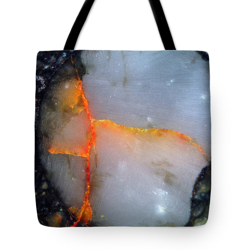 Meteorite Tote Bag featuring the photograph Nwa 5142 by Tom Phillips
