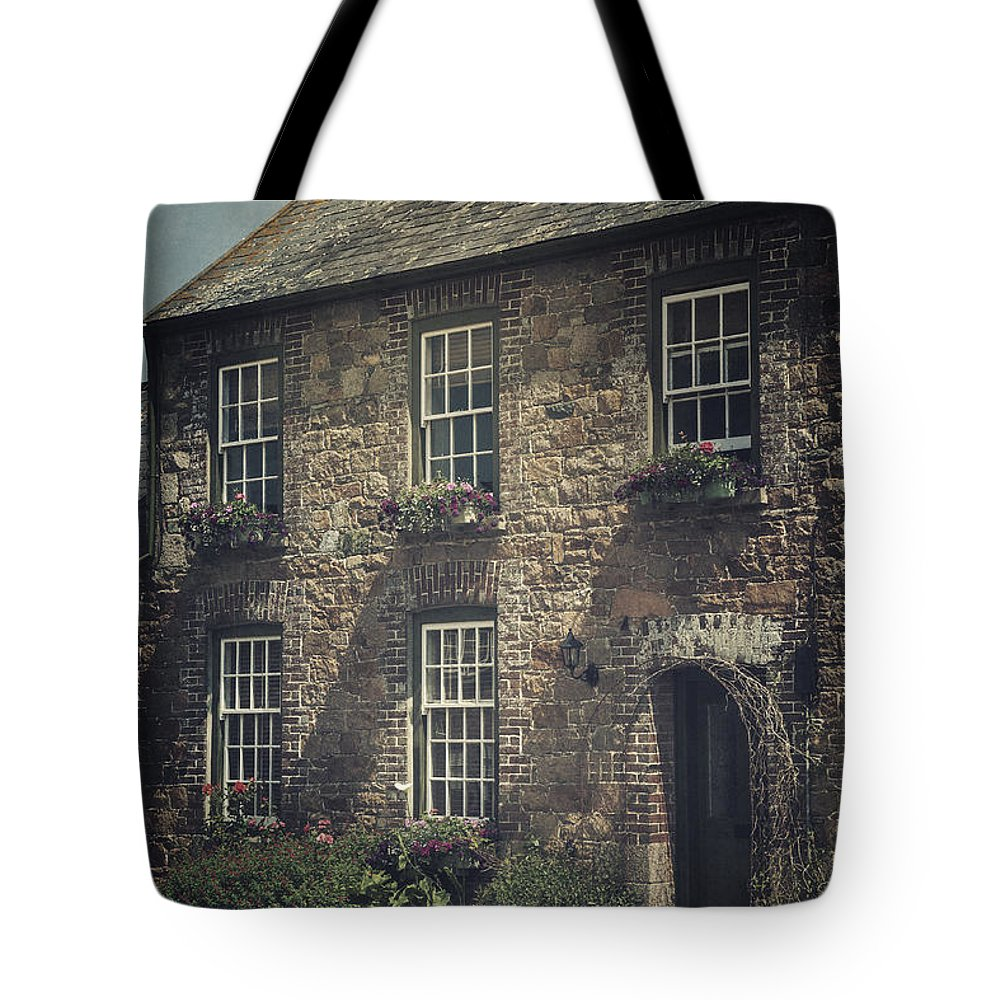Cottage Tote Bag featuring the photograph British Cottage by Joana Kruse