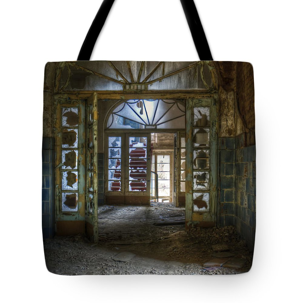 Beelitz Tote Bag featuring the digital art Broken Beauty by Nathan Wright