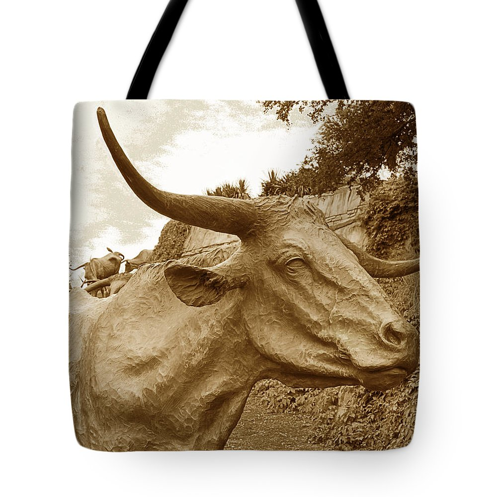 Longhorns Tote Bag featuring the photograph Bronze Longhorn by Jim Smith