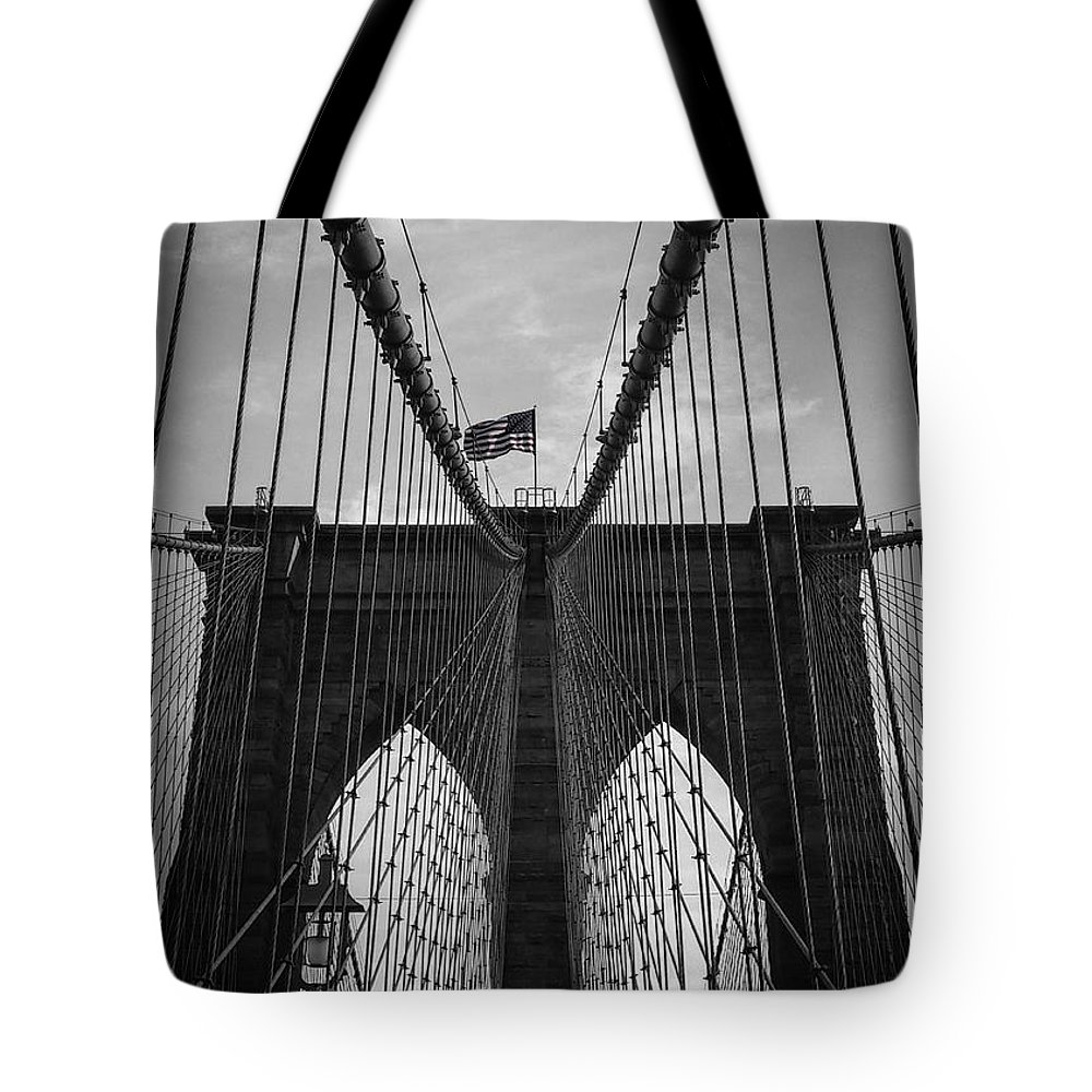 New York Tote Bag featuring the photograph Brooklyn Bridge by Nicklas Gustafsson
