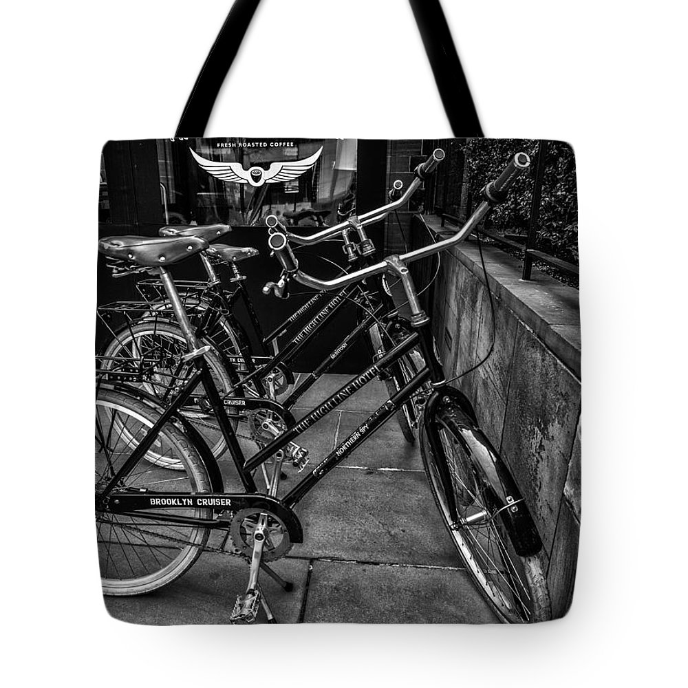 New York Tote Bag featuring the photograph Brooklyn Cruiser by Jeff Watts