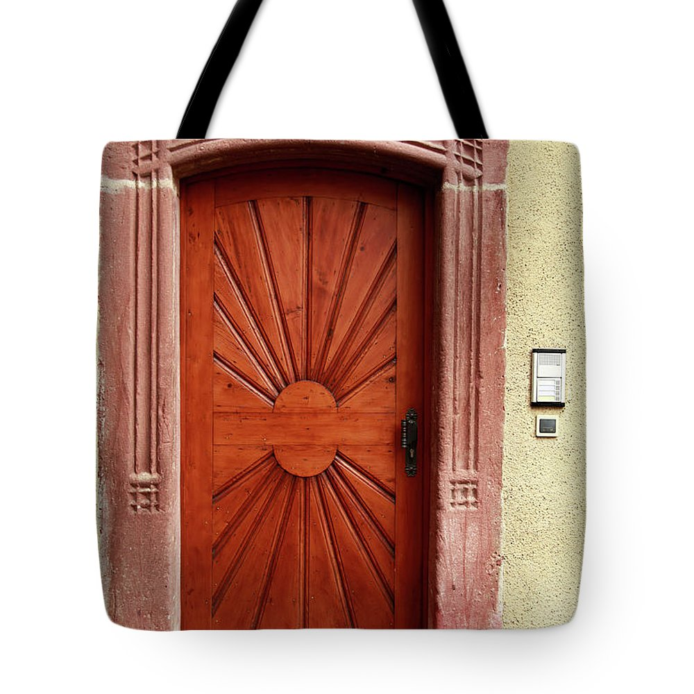 Apartment Tote Bag featuring the photograph Brown Door Exterior Entrance by Bendebruyn
